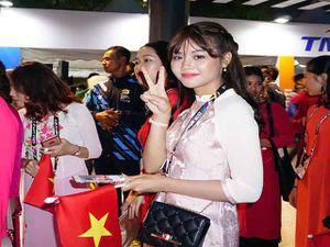 Trai xinh gái đẹp đoàn Việt Nam dự lễ khai mạc SEA Games 29
