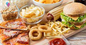Nguy cơ biến đổi giới tính do đồ ăn nhanh