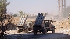Quân đội Syria nã tên lửa hạng nặng tấn công phiến quân cố thủ ven Damascus