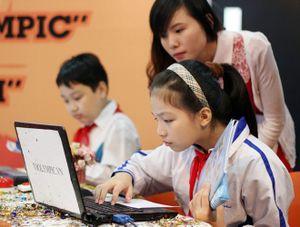 Bộ GD&ĐT dừng thi giải Toán, Tiếng Anh qua mạng