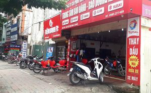 Bắt khẩn cấp nghi phạm nổ súng ở tiệm sửa xe trên phố Hà Nội