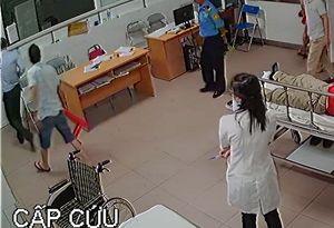Nghi vấn Chủ tịch phường đánh bác sỹ ở Nghệ An: 'Tôi chỉ can ngăn mọi người'