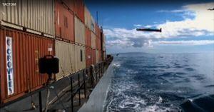 Mỹ biến tên lửa Tomahawk thành 'sát thủ' diệt hạm (video)