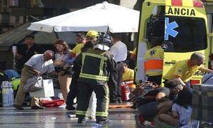 Chuyện lạ hôm nay: Gặp khủng bố, rớt nước mắt hành động này của người cha
