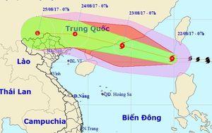 Bão Hato vào Biển Đông, tăng cấp khi hướng vào đất liền