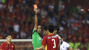 QUAY CHẬM: Cầu thủ U22 Indonesia nhận thẻ đỏ sau khi 'đánh nguội' Tuấn Tài