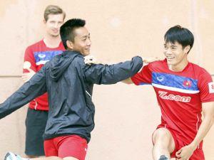 U22 Việt Nam: Sau 'cơn bão', Hồ Tuấn Tài cười tươi chờ đấu Thái Lan