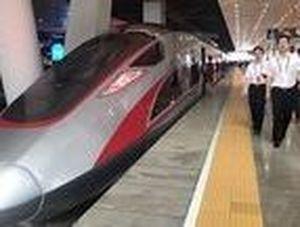 Vận hành tàu cao tốc nhanh nhất thế giới