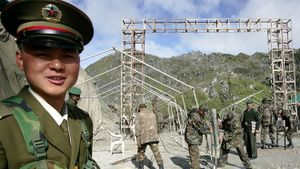 Căng thẳng biên giới với Ấn Độ: Trung Quốc cảnh báo công dân