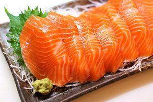 Cách phân biệt các hồi nuôi và cá hồi tự nhiên