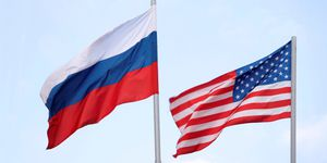 Nga: 'Chắc chắn' Mỹ sẽ can thiệp bầu cử tổng thống Nga 2018