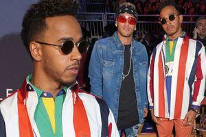 Gạt sầu Cavani, Neymar ăn mặc thời thượng dự sự kiện