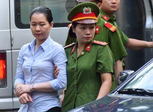 Nguyễn Minh Thu khóc kể về những ngày khó khi Hà Văn Thắm bị bắt