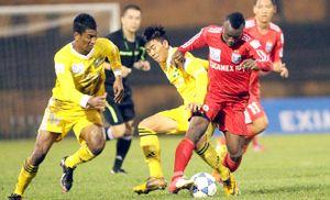 Vòng 19 V-League: Hải Phòng 'phơi áo', Than Quảng Ninh quá đen