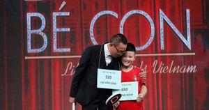 Cậu bé Hà Nội ước mơ trở thành cầu thủ bóng đá với giá chuyển nhượng 9 triệu bảng