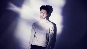 Mùa thu này, Lay (EXO) sẽ kể fan nghe 1 bí mật