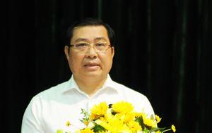Chủ tịch TP Đà Nẵng: 'Không bàn tán chuyện lãnh đạo ai ở, ai đi'