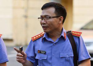 30 phút đối đáp của VKS liên quan đại án Hà Văn Thắm