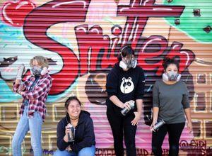 Ghé thăm hội graffiti toàn nữ
