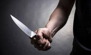 Mâu thuẫn bột phát trên bàn nhậu, con trai cầm dao đâm chết bố