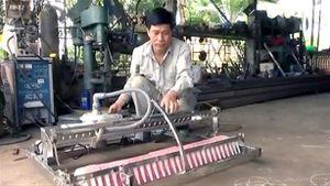 Nông dân sáng chế máy gieo hạt: Không xin được bản quyền
