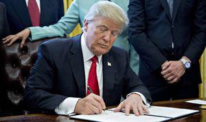 Mỹ ban hành sắc lệnh nhập cảnh mới cấm 8 nước