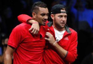 Lý do 'trai hư' Kyrgios bật khóc sau thất bại trước Federer