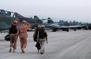 Không quân Nga dồn dập oanh kích diệt Al-Qaeda Syria ở Idlib