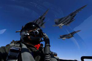 Mỹ điều máy bay ném bom, Triều Tiên tăng phòng vệ bờ biển