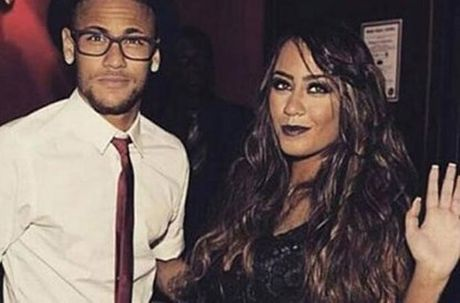 "Neymar cuc ky ""banh bao"" trong sinh nhat cua em gai - Anh 1"