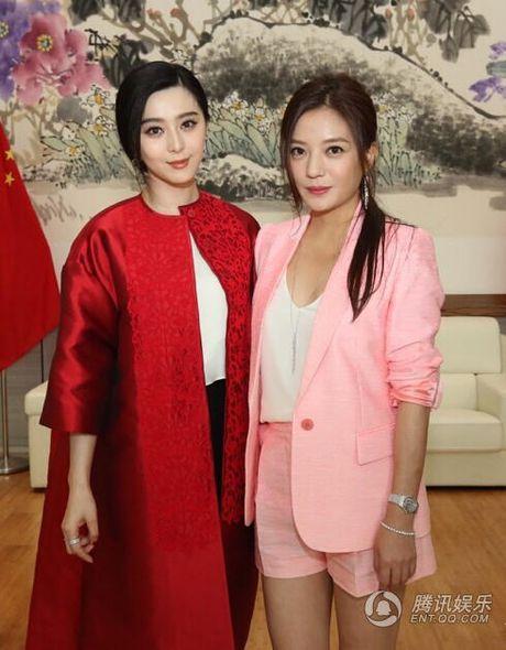 """Ba my nhan """"Hoan Chau Cach Cach"""" lam hoa sau 17 nam - Anh 4"""