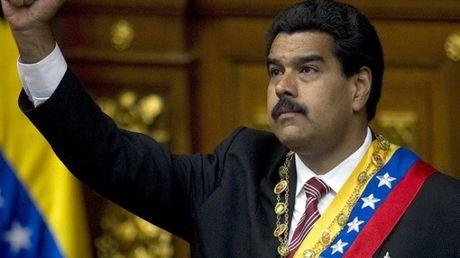 Tong thong Venezuela de nghi duoc trao them quyen han - Anh 1