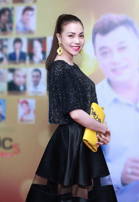 Tra Ngoc Hang dua chi gai di du event - Anh 2