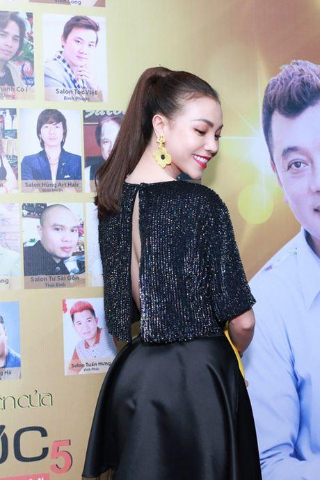 Tra Ngoc Hang dua chi gai di du event - Anh 3