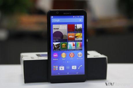 Tren tay Sony Xperia E4 chinh hang - Anh 1
