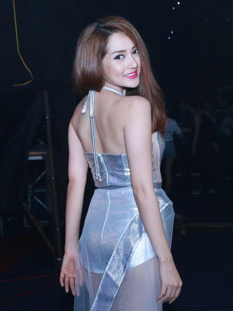 Diem danh nhung bo canh sexy kho cuong cua The Remix - Anh 8