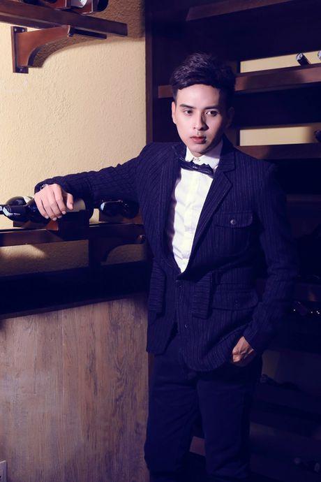 Ho Quang Hieu va con duong den nghe thuat day gian nan - Anh 2