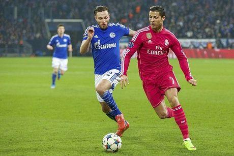 Real 3-4 Schalke: Nha vo dich suyt bi loai du CR7 lap ky luc - Anh 5