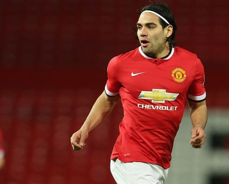 Falcao choi nhat nhoa khi khoac ao U21 M.U - Anh 10