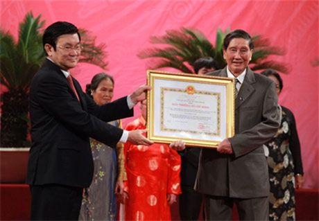 Xet tang 'Giai thuong Ho Chi Minh' ve VHNT nam 2016 - Anh 1