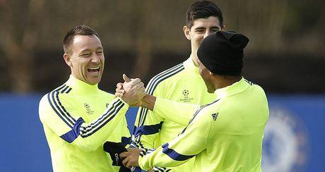 Mourinho: PSG la doi choi quyet liet nhat ma Chelsea tung gap - Anh 1