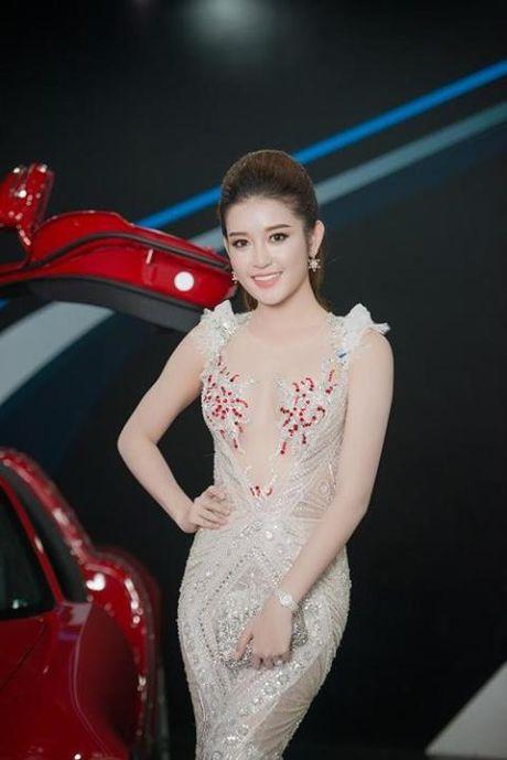 """Dang Thu Thao dien vay """"xuyen thau"""" nhung van thanh lich - Anh 8"""
