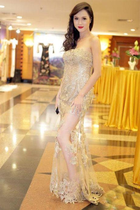 """Dang Thu Thao dien vay """"xuyen thau"""" nhung van thanh lich - Anh 9"""
