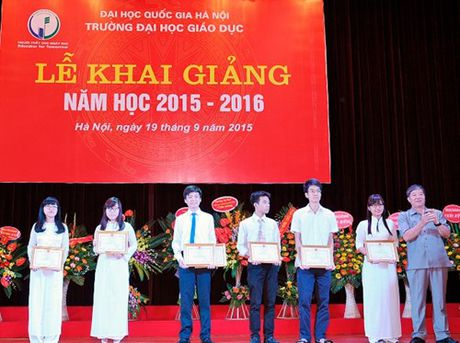 Truong DH Giao duc chao don nam hoc moi - Anh 5