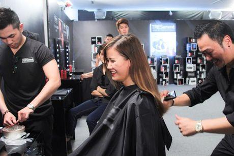 """Thanh Hang tan tinh """"lot xac"""" cac thi sinh Next Top Model - Anh 1"""