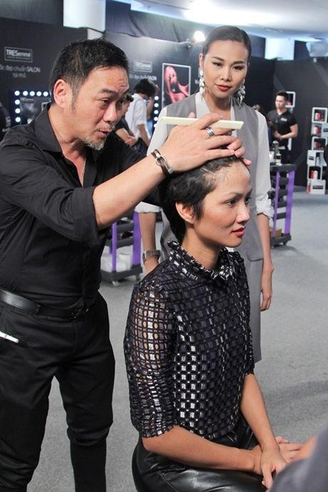 """Thanh Hang tan tinh """"lot xac"""" cac thi sinh Next Top Model - Anh 4"""