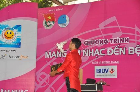 "Nghe si Viet chung tay ""Mang am nhac den benh vien"" - Anh 13"