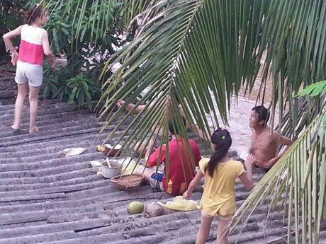 Thanh Hoa: Nuoc lu nhan chim hang tram ngoi nha - Anh 2