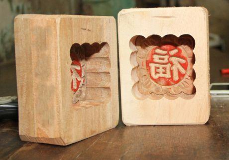 Len pho co gap nguoi lam khuon banh Trung thu - Anh 10
