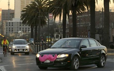 Lien minh dau Uber tinh moi Grab Taxi nhap cuoc - Anh 1